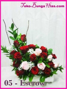 Bunga Valentine Escrow